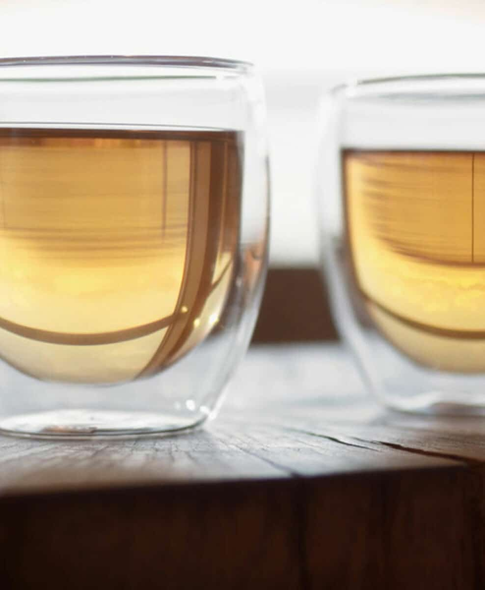 picture of two cup of tea